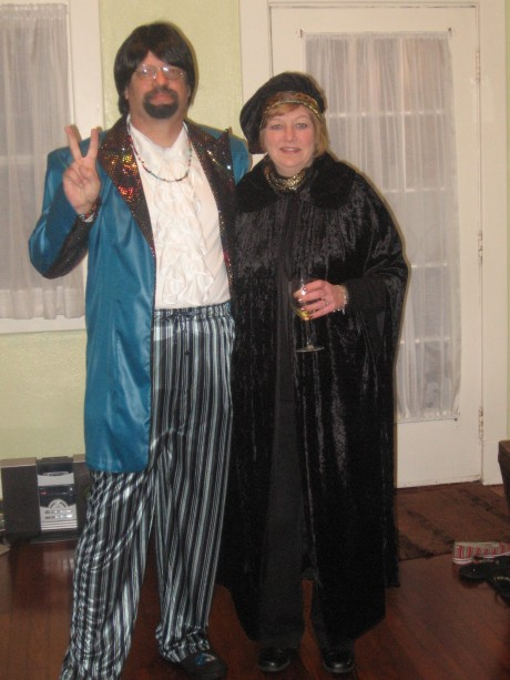 Mr. and Mrs. Groovy go to the SleazeBall